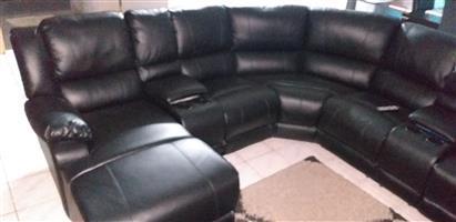 Corner couch recliner