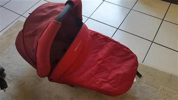 Bebe Confort Pram Travel Set with Bassinet