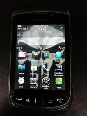 BB 9810 Torch. Great condition. Still has screen protector on.