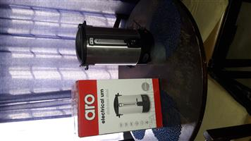 20 LITRE HOT WATER URN FOR SALE