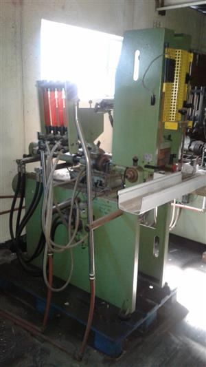 Plastic Injection Moudling Machine