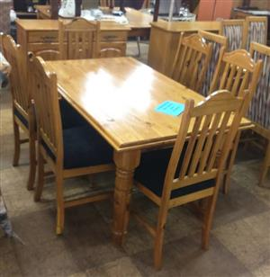6 Seater light wooden dining set