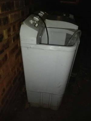 LG Twin tub for sale