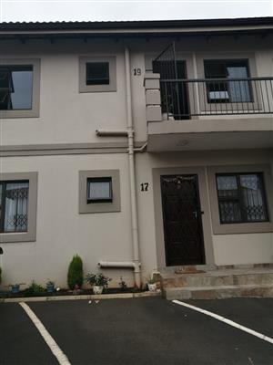 3 bedroom unit in secure complex in sought after area(Grove End)