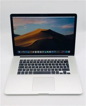 Apple MacBook Pro 15-inch 2.2GHz Quad-Core i7 (Retina, 256GB, Silver)  Pre Owned