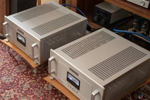 AUDIO RESEARCH REF250 TUBE MONOBLOCK AMPLIFIERS