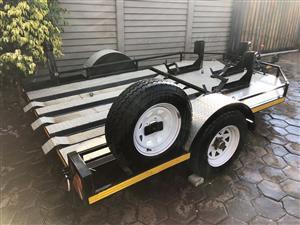 Eazy loader 3 bike trailer for hire