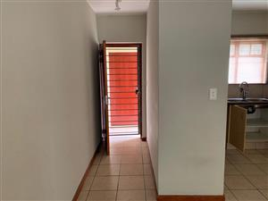 2bed/2bath garden corner unit available for immediate rental - St Peters Place Complex, Paulshoff