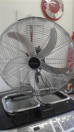 LOGIK 45CM HIGH VELOCITY FLOOR FAN