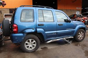 Stripping this vehicle JEEP CHEROKEE 2.8 SPORT 2004