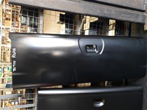 Tailgate Mitsubishi Triton