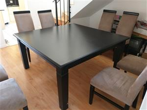 Almost new Saligna Solid Dark Wood 8 Seater Dining Room Set