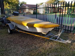 3 meter fiber glass boat with 5hp mariner motor
