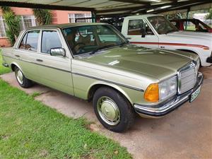 1980 Mercedes Benz 230C