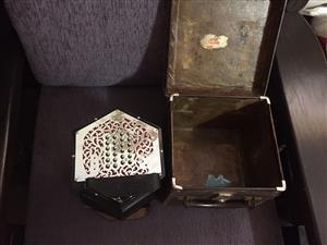 Wheatstone 4 row 8 bellow concertina