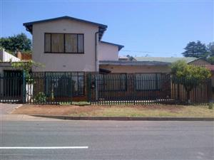 4 Bed 3 Bath House in Greymont Hills for Family or Student Commune.