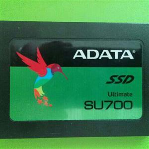 SSD ADATA SU700 240GB