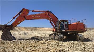 2012 HITACHI 670-3 EXCAVATOR