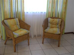 ST MICHAELS-ON-SEA SHELLY BEACH FURNISHED ONE BEDROOM FLAT R4700 PER MONTH IMMEDIATE OCCUPATION UVONGO