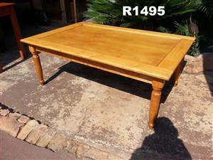 Solid Oak Coffee Patio Table (1440x935x540)