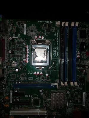 Intel DQ67QW Motherboard with Intel i5 processor and 4gb ram card