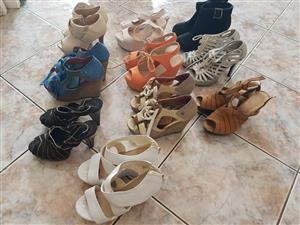 10 pairs of size 3 ladies' shoes