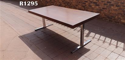 Retro Ding Table (2000x1000x760)