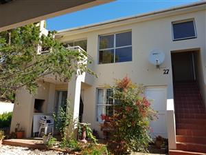 STELLENRIDGE:  2 Bedroom Apartment in Upmarket Area - TO LET