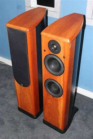 WILSON BENESCH ACTOR LOUDSPEKERS