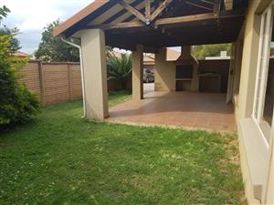 Three Bed Townhouse in Bush Rd, Willow Park Manor, Pretoria East