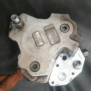 BMW e90 330d injector pump