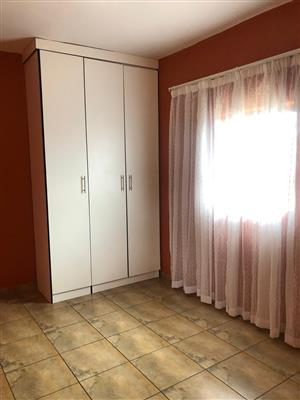 Very neat rooms available in Orlando East to rent