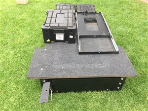 Front runner roof rack and cardboard drawer with fridge slider