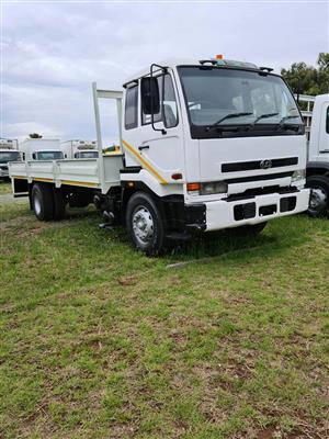 2001 Nissan UD290 dropside truck for sale