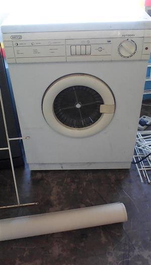 tumble dryer R600