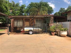 1 Bedroom Garden Flat in Pretoria North