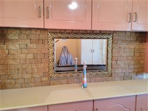 Wall Stone MAKING BUSINESS R3500