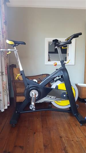 Spinning Bike for Sale...HORIZON GR6 Magnetic resistance !!!