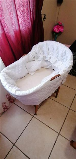 baby crib for sale  Cape Town - Northern Suburbs