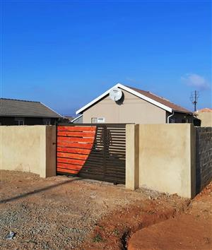 2 bedroom house for rent in Soweto
