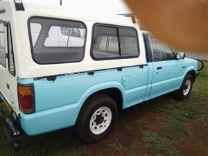 1990 Mazda B2000