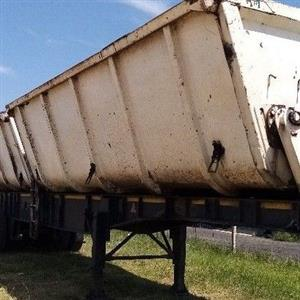 TOP TRAILERS TRIAXLE
