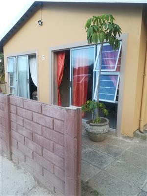2 bedroom unit to rent in Bellair
