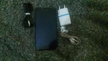 Samsung Galaxy j4 (NO box)