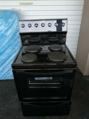 Brand new 4 plate stove for sale