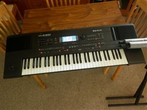 61-note Intelligent  Keyboard, Stand and Carrycase