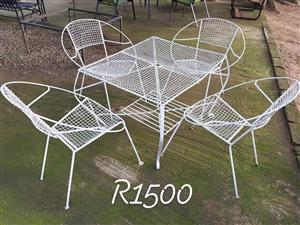 White garden set for sale