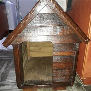 Small dog house still brand new