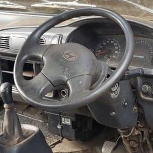 2005 Hyundai H-100