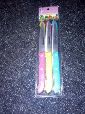 6 colored knifes sealed pack